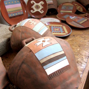 Souvenirs of ceramics and porcelain