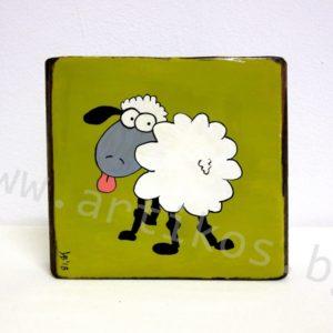 рисувана овца