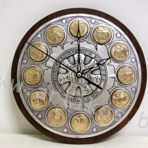 часовник календар