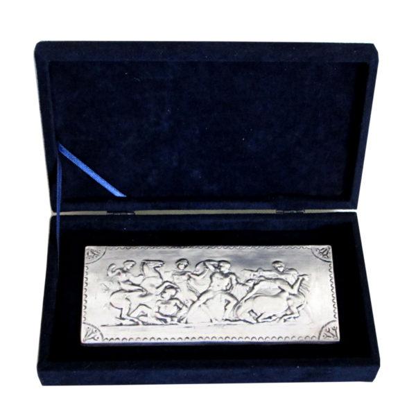"""Плакет """"Херакъл в битка с Амазонките"""" - посребрен с кутия."""