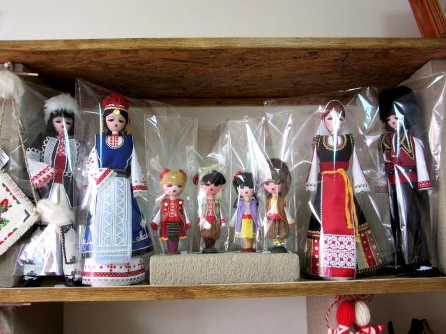 кукли народни носии