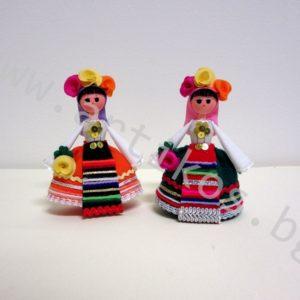 сувенирни кукли