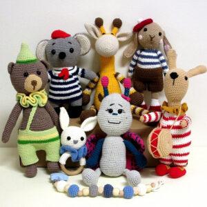Плетени детски играчки на една кука